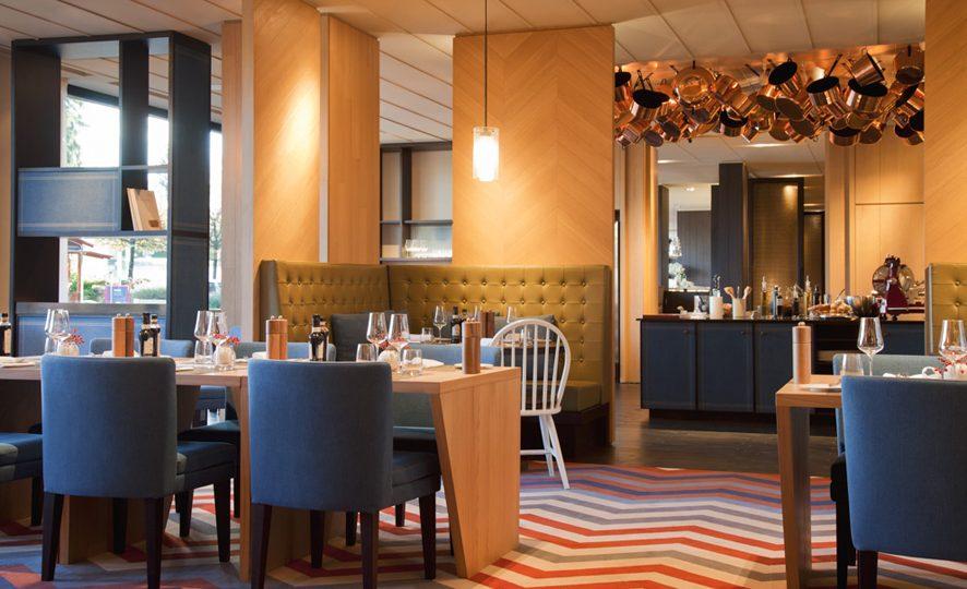 http://www.gasparucci.it/files/2017/05/Crowne_Plaza_Geneva_Restaurant_Seventy5_2-886x540.jpg